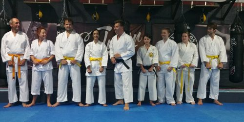 tora-dojo-karate-group-picture-indoors-2